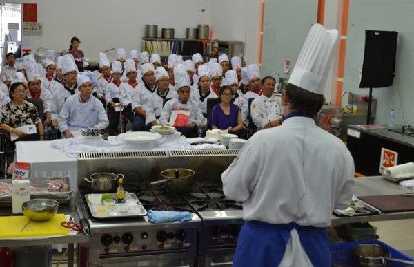 Dạy nấu ăn theo yêu cầu tại TPHCM