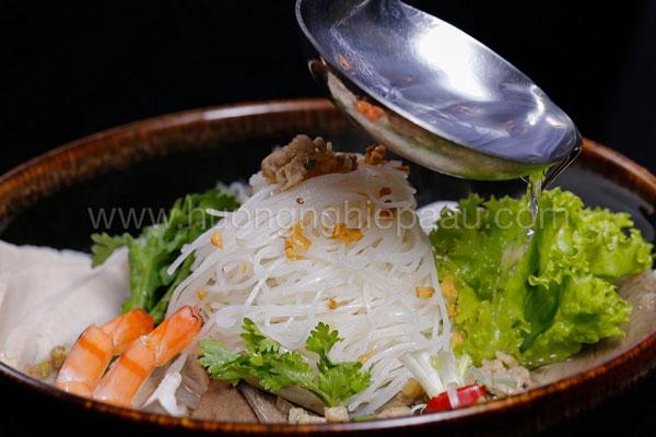 Bát mì hủ tiếu Nam Vang ngon tuyệt